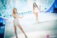 Victoria's Secret Fashion Show 2013 #410