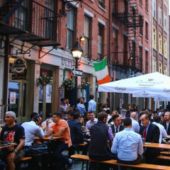 The Top 10 Spots To Meet A Finance Guy In NYC