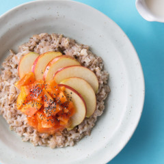 5 Fall Breakfast Bowls To Start The Day Off Cozy