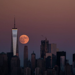 5 Chic Spots To See The Supermoon In NYC Tonight