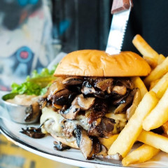 National Burger Day 2017: The Top Spots To Chow Down In NYC
