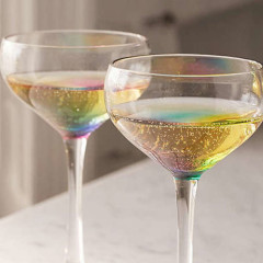 Glasses That Turn Your Wine Into Rainbows?!