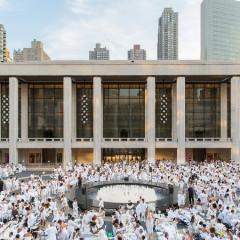 Diner En Blanc 2017: Inside The World's Favorite Secret Dinner Party