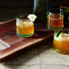 8 Intentionally Lazy Beer Cocktails To Make This Labor Day Weekend
