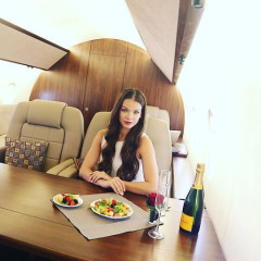 Fake Rich Kids Are Renting Private Jets Just For Instagram Photo Shoots