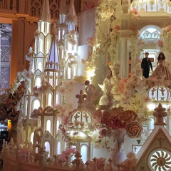 Behold, A Wedding Cake Castle That's 16 Feet Tall