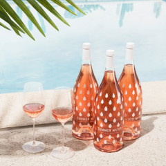 You Can Join An Exclusive Rosé Club Right Now