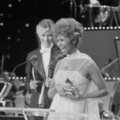 Watch David Bowie Present Aretha Franklin With Her 1975 Grammy Award