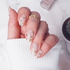 Where To Get Your Nails Done If You Just Got Engaged