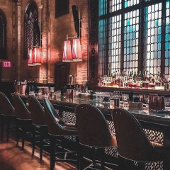 10 Old School New York Bars For A Glamorous Night Out