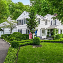 Is Governor Cuomo & Sandra Lee's $2 Million Westchester Home TOO Perfect?
