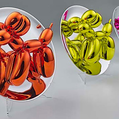 Mini Versions Of Jeff Koons' Iconic Balloon Dogs Are Now 20% Off!
