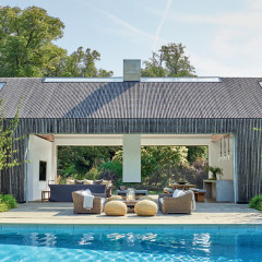 It Doesn't Get More Chic Or Chill Than Chrissie Rucker's Pool House