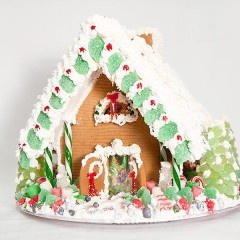 Are William Poll's Legendary Gingerbread Houses Really Worth $1,000?
