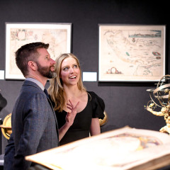 New York's Stylish Sophisticates Peruse The Winter Show's Young Collector's Night
