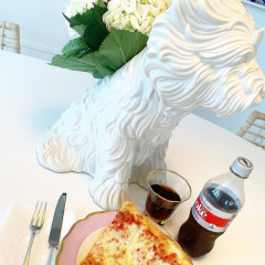 Of Course Aerin Lauder Doesn't Just Grab A Slice Of Pizza...