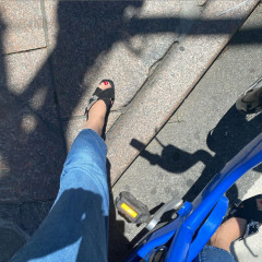 Tabitha Simmons Has Been Citi Biking Around Town In Heels!
