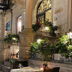 The 9 Chicest Outdoor Restaurants On The Upper East Side