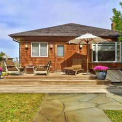 Take A Look Inside Kim Cattrall's Humble East Hampton Home