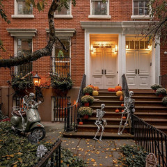The Chicest, Creepiest Rich People Halloween Decorations In NYC