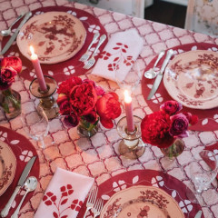 18 Of The Absolute Chicest Thanksgiving Tablescapes