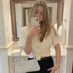 Meet Maddy Ritholz, The Young Designer Making Vintage-Inspired Purses For The Modern Lady