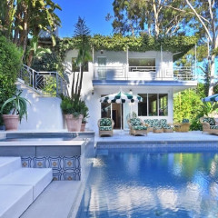 Inside Cara & Poppy Delevingne's Jungle-Themed Joint Hollywood Home
