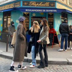 The Cult-Favorite Instagram Account Documenting *Real* French Girl Style