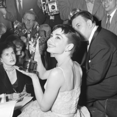 10 Vintage Photos Of Classic Hollywood Stars At The Oscars