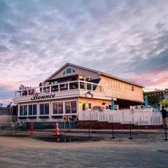 RIP Sloppy Tuna, But Say Hello To Bounce Beach Montauk!