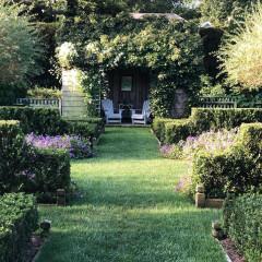Care To Take A Tour Of Ina Garten's East Hampton Garden?