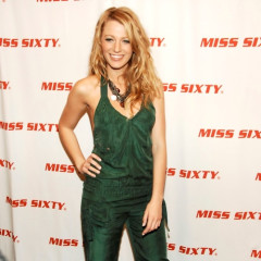 That's A Whole Lot'a Pant Suit, Blake Lively...