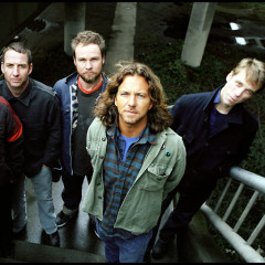 Another Reason To Avoid Doing Work: Pearl Jam's Online Scavenger Hunt