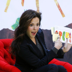Vince Vaughn, Mary-Louise Parker Read Adorable Books To Adorable Children