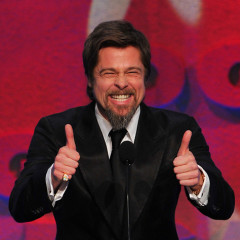 Brad Pitt Gives The Directors Guild Of America Two Thumbs Up