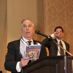 Junior League Of Los Angeles Honors Henry Winkler And Lin Oliver