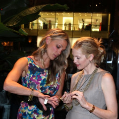 Kelly Rutherford and Molly Sims Show Off Their Style And 'Grayce'