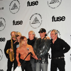 Iggy Pop Strips For The Rock And Roll Hall Of Fame Ceremony