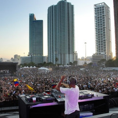 WMC 2010 Brings Music, New Yorkers To Miami