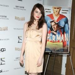 Emma Stone And Jeff Daniels Attend