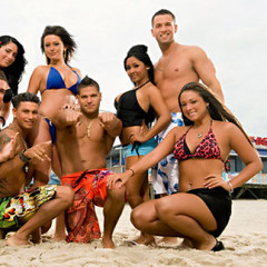 The Jersey Shore Cast Moved Into Their Miami House; They're In The Hot Tub Right Now!