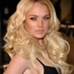 Fake Lindsay Lohan Twitter Vs. Real Lindsay Lohan Twitter