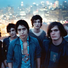 The Strokes Play Fashion Week, Enrage Rock Purists