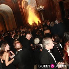 Library Lions Meet Literary Giants At New York Public Library Gala