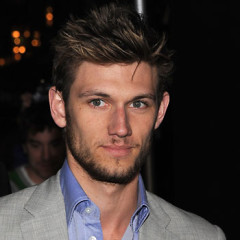 Alex Pettyfer Thinks L.A. Is A