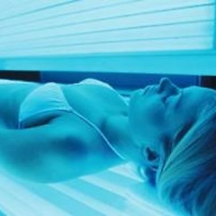 Does Being Addicted To Tanning Make You A Junkie?