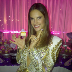 Inside The Victoria's Secret Fashion Show Viewing Party With Angels Alessandra, Miranda & Lily