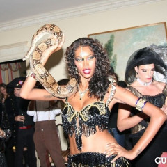 Lovecat Magazine Halloween Dinner Hosted By Jessica White And Byrdie Bell