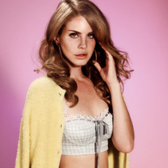 Daily Style Phile: Lana Del Rey, The Hipster Songstress And SNL Disaster