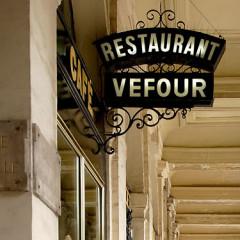 The Top 12 Most Romantic Restaurants In Paris